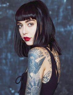 Hannah Pixie Snowdon She's so beautiful Tatuajes Amy Winehouse, Sexy Tattoos, Girl Tattoos, Hannah Pixie Snowdon, Tattoo Photography, Inked Girls, Tattoed Girls, Beautiful Tattoos, Dark Hair