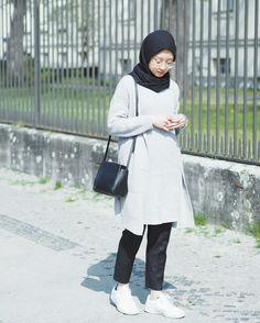Best Ideas For Style Hijab Remaja Gemuk – Hijab Fashion 2020 Modern Hijab Fashion, Hijab Fashion Inspiration, Muslim Fashion, Korean Fashion, Style Inspiration, Casual Hijab Outfit, Hijab Chic, Mode Hijab, Fashion 2020