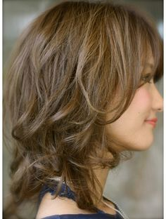 Medium Hair Styles, Curly Hair Styles, Langer Bob, Hair Arrange, Permed Hairstyles, Brunette Hair, Comfortable Outfits, Hair Cuts, Hair Color
