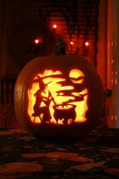 Halloween pumpkin carving WOW