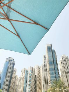 Days by the pool - Life in Dubai Marina - Dubai Blog - Mitzie Mee Marina Dubai, Visit Dubai, Dubai Life, New Builds, Beach Club, Going To The Gym, Really Cool Stuff, Day, Blog