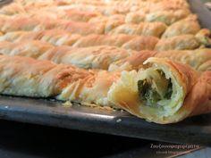 Pita Recipes, Cookbook Recipes, Greek Recipes, Cooking Recipes, Healthy Recipes, Greek Pita, Eat Greek, Spanakopita, Food Processor Recipes