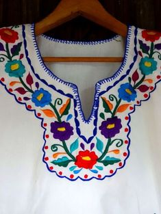 EMBROIDERED MEXICAN BLOUSE ~ LINDA