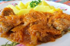 Recept : Pikantní špíz | ReceptyOnLine.cz - kuchařka, recepty a inspirace Curry, Meat, Chicken, Ethnic Recipes, Smoothie, Food, Table, Red Peppers, Cooking