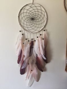 D for Dream Catcher. Bohemian Dream catcher Peach Dreamer by KariWidener on Etsy Dreams Catcher, Los Dreamcatchers, Diy And Crafts, Arts And Crafts, Creation Deco, Beautiful Dream, Absolutely Gorgeous, Yarn Colors, Colours