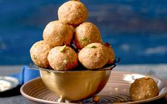 Sweets can be indulgent and healthy at the same time. That is the best part of some Indian sweets and Whole Wheat Sonth Ke Laddu falls under that category.