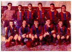 Equipos de fútbol: BARCELONA: 10 fotos desde la temporada 1952-53 hasta la 1974-75  BARCELONA - SANTANDER 22/02/1953