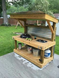 Get outdoor kitchen ideas from thousands of outdoor kitchen pictures weber kettle homemade carttable q talk solutioingenieria Gallery