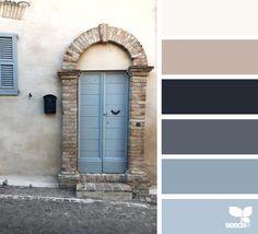 { a door hues } image via: @lapelagallina