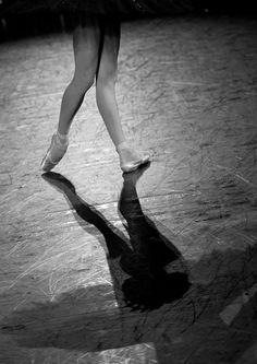 Ulyana Lopatkina-Swan Lake #ballet #dancer #ulyanalopatkina #pointe