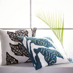 Crewel Dotted Leaf Pillow Cover