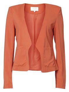 http://se.bestseller.com/vila/tailoring/PLAYBLAZER/T/14006634,sv_SE,pd.html?dwvar_14006634_colorPattern=14006634_PAPRIKA
