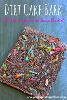 No bake dirt cake bark. A great fun alternative to dirt cake. Perfect for children's parties.