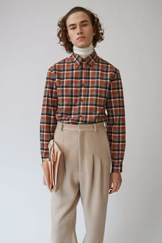 Acne Studios Isherwood Tartan cinnamon brown is a relaxed fit, casual shirt with a button down collar offered in checked cotton flannel.