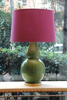 Lámpara de Mesa Color Verde Musgo Cerámica | Pottery Table Lamp Moss Green Color. Detana, Madrid.