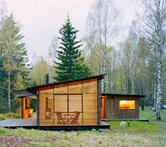 'Stockholm, Sweden-based architecture firm WRB designed this summer cabin on the archipelago of Trosa.' This is a beautiful view. I love the wood and the size of the whole cabin. It looks so clean and fits perfectly in the space. Cabins In The Woods, House In The Woods, Residential Architecture, Architecture Design, Sustainable Architecture, Installation Architecture, Wooden Architecture, Building Architecture, Cabin Design