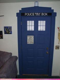 Doctor who Tardis door The Tardis, Doctor Who Tardis, Eleventh Doctor, My New Room, My Room, Dorm Room, Cafe Geek, Deco Cafe, Just In Case