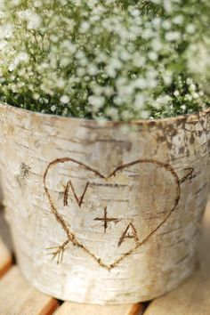 How to make an easy, romantic, rustic birch bark vase centerpiece featuring carved initials in a heart. Perfect for Valentine& Day or a wedding. Tree Centrepiece Wedding, Rustic Wedding Centerpieces, Flower Centerpieces, Flower Vases, Centerpiece Ideas, Birch Centerpieces, Vase Ideas, Wedding Rustic, Vases Decor