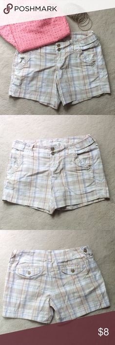 Old Navy Plaid Shorts Preppy plaid perfect for the summer! These shorts can be paired with almost every color. Great for the beach or a backyard bbq. The shorts have a 5 inch inseam. They are made of a cotton/ spandex blend for extra comfort. Old Navy Shorts