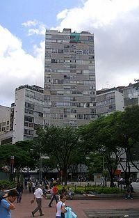 O Edifício Eiffel é um edifício residencial localizado na Praça da República, em São Paulo, projetado pelo arquiteto Oscar Niemeyer em 1953 e inaugurado em 1956