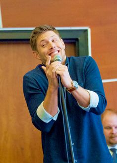 The cuteness is strong with this one! // Jensen at VanCon2013 <3