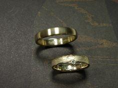 * wedding rings   oogst-sieraden * Trouwringen * Geelgouden ovale ring * Geelgouden structuur ring met 0,02 crt diamant * Maatwerk *