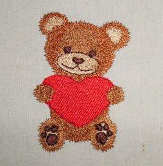 Teddy with heart machine embroidery www.cyncopia.com