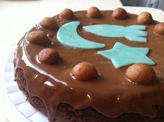 marzipan-chocolate cake