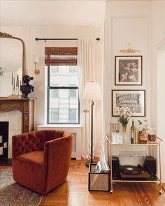 Living Area, Living Spaces, Living Room, Cozy House, Apartment Living, Home Decor Inspiration, Home And Living, Sweet Home, House Design