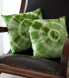 Tie-Dye #DIY in #emerald :) @ILoveto Create