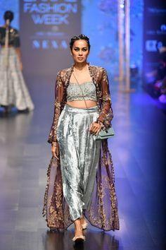 Payal Singhal at Lakmé Fashion Week summer/resort 2019 Sharara Suit, Lakme Fashion Week, Indian Dresses, Anarkali, Indian Wear, Runway, Sari, Vogue, Couture