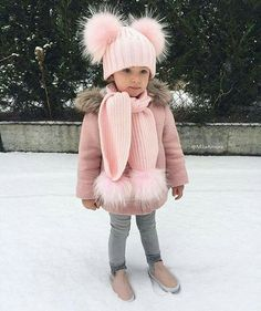 49 You Can Copy Now Warm Winter Outfit For Your Daughter - Women Fashion Ideas - Toddler Winter Fashion, Kids Fashion, Babies Fashion, Fashion Wear, Fashion Clothes, Fashion Beauty, Fashion Dresses, Fashion Jewelry, Outfits Niños