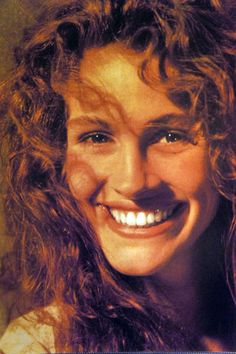 Julia Roberts, when her eyebrows were full, hair was wild, and was not too thin. Great beauty!
