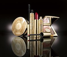 Artdeco-Holiday-2012-Dita-von-Teese-Golden-Vintage-Collection-Products