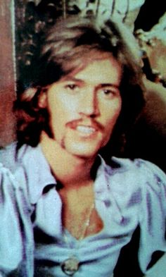 Barry Gibb, Barry and the youngest of the brothers, but not in the group, Andy (he was solo), were always my favorite! Blossom Music, Andy Gibb, Band Of Brothers, Record Producer, Back In The Day, Robin, Love Her, Hot Guys, Novels