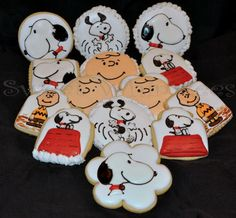 Charlie Brown and Snoopy Decorated Cookies by Sweet Whimzees