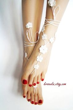 Barefoot Sandals WHITE BIG FLOWER, holiday foot jewelry, beach wedding accessory