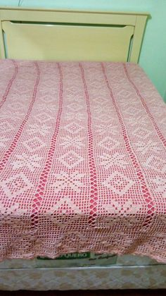 Beading Patterns Free, Free Pattern, Crochet Bedspread, Love Crochet, Filet Crochet, Bed Spreads, Libra, Beads, Knitting