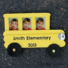 can we do this for the kids when they enter kindergarten? This craft stick school bus frame is easy for kids to make and a fun way to celebrate back to school. School Bus Crafts, Back To School Crafts For Kids, Classroom Crafts, School Projects, Popsicle Stick Crafts, Craft Stick Crafts, Fun Crafts, Popsicle Sticks, Craft Sticks