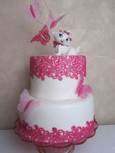 Adorable! Butterfly Lace Cake with Marie from Aristocats....if I ever have a little girl this is what I would want.