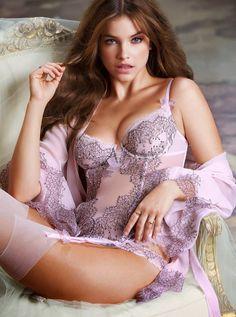Секс во время фотосессии мельница нижней белье