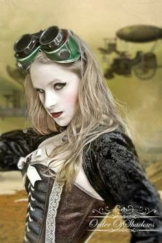The Original Girls of Steampunk Group