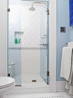 Bathroom shower designs, ranging from lavish wet rooms to prefab enclosures, offer wash-away-worry fittings and stylish configurations sure to inspire.