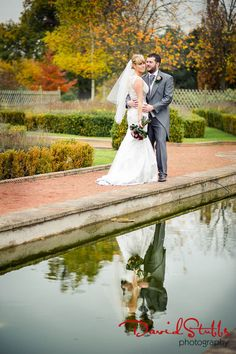 Wonderful use of the gardens and the reflection of the bride and groom #cardenweddings