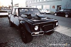 ▶▶▶ Lamborghini LM002 SUV