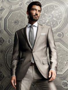 Corneliani - Switch the tie to green, and/or add a green shirt?