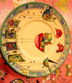 on a glazed ceramic plate Ceramic Bird Bath, Ceramic Birds, Glazed Ceramic, Ceramic Plates, Decorative Plates, Pottery Painting, Ceramic Painting, Dream Drawing, Decoupage