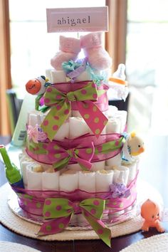 And creative expression baby shower ideas diaper cake fun Baby Shower Diapers, Baby Shower Cards, Baby Shower Fun, Girl Shower, Baby Shower Gifts, Baby Gifts, Fun Baby, Baby Showers, Baby Shower Templates