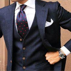 British Style — tieoftheday: Morning Tie by Der Gentleman, Gentleman Style, Three Piece Suit, 3 Piece Suits, Mens Fashion Suits, Mens Suits, Grey Suits, Mens Attire, Groom Attire