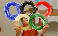 Easy Olympic craft for toddlers-